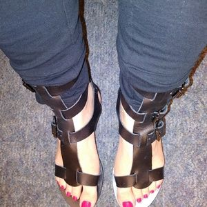 Steve Madden Made in Italy Gladiator Sandals 6